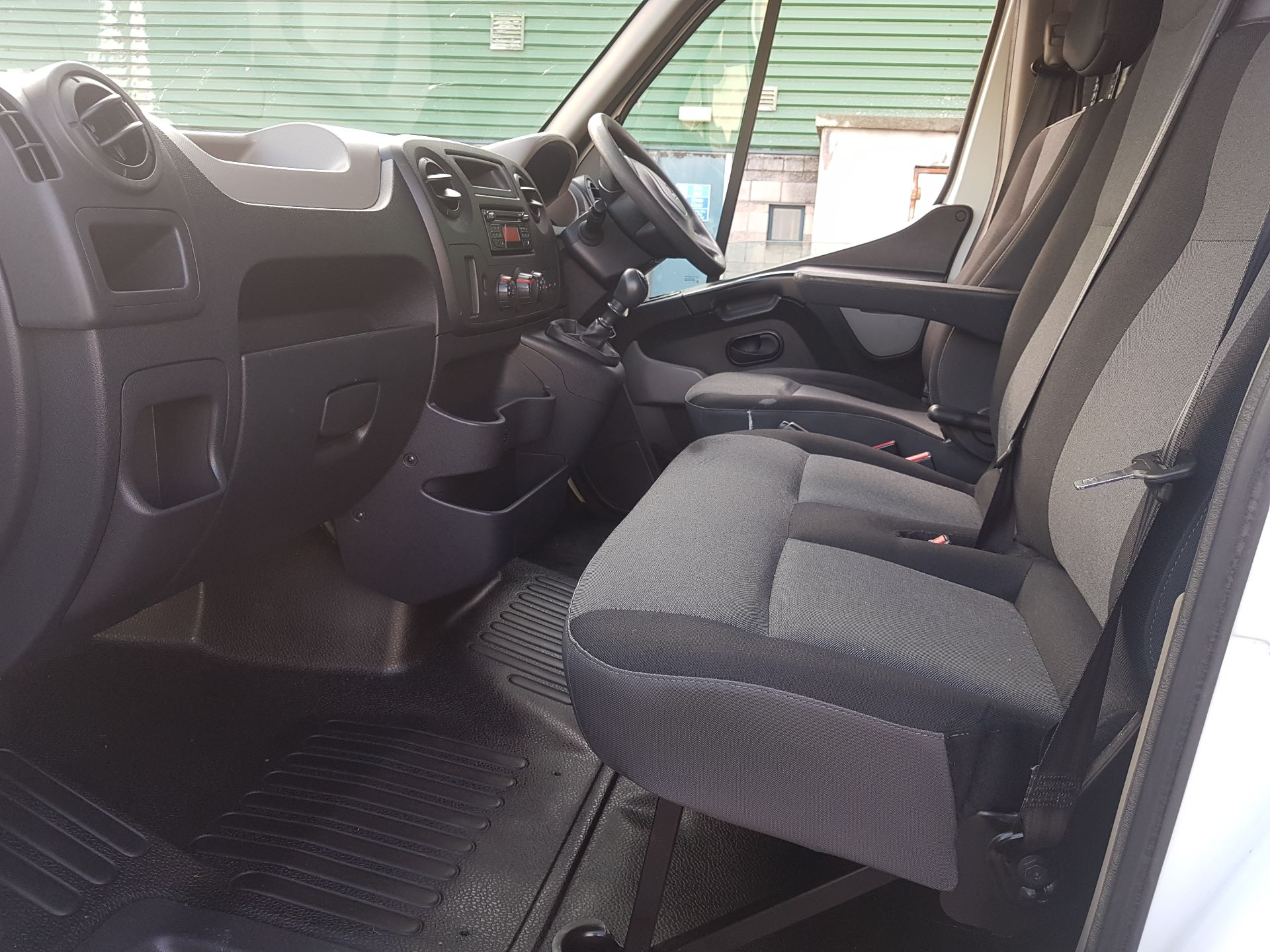 2016 Renault Master III RWD LML35 DCI 135 Energy Busin (161D18192) Image 11