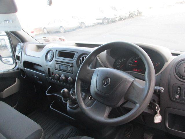 2016 Renault Master III RWD LML35 DCI 135 Energy Busin (161D18193) Image 13