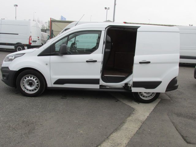 2016 Ford Transit Connect SWB Base 75PS 1.6 TDCI (161D21618) Image 10