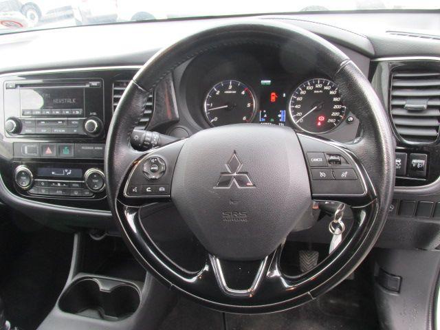 2016 Mitsubishi Outlander 4WD 6MT N1 16MY 4DR (161D29394) Image 13