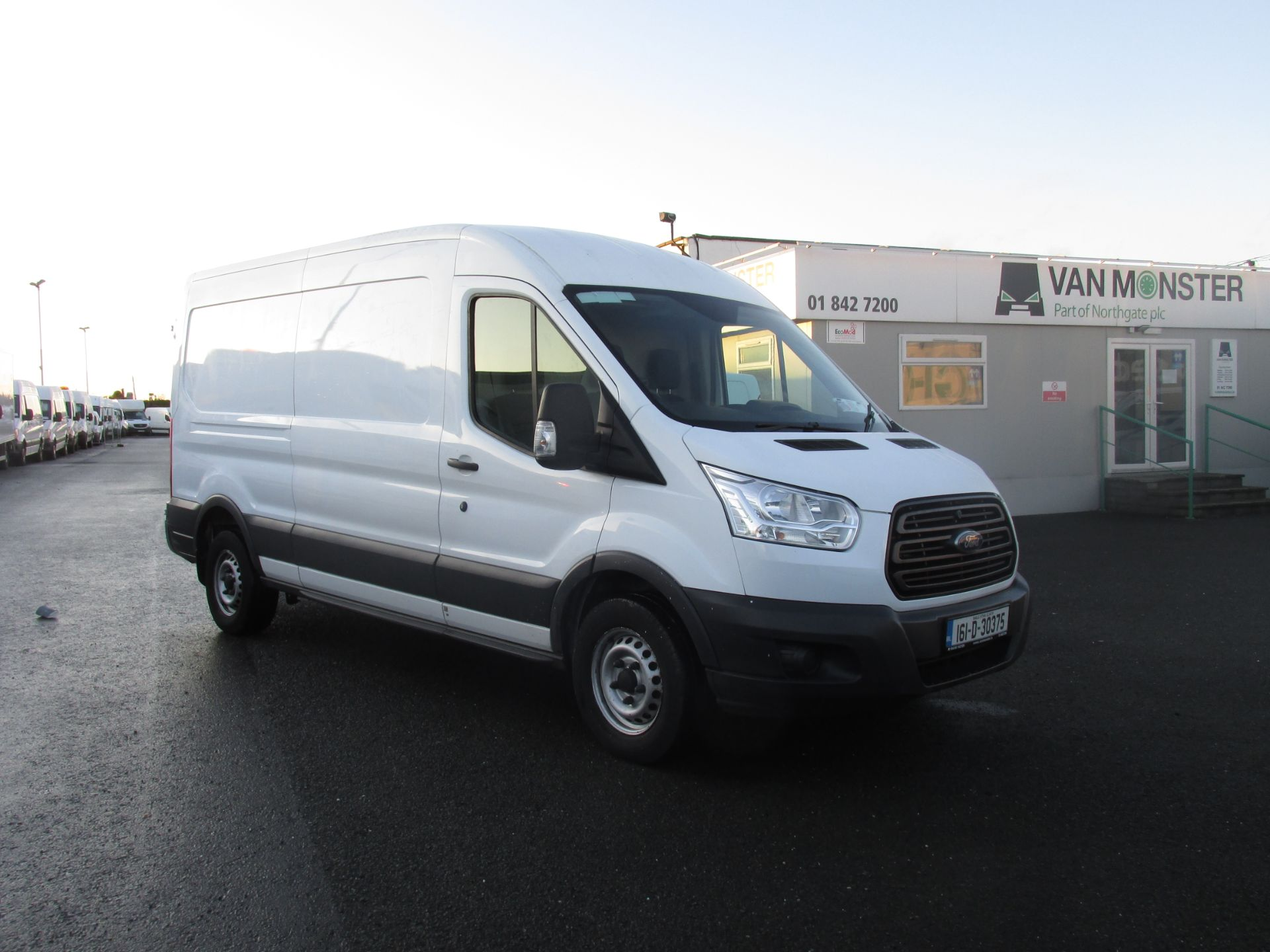 2016 Ford Transit  350 LWB  125PS RWD  (161D30375)