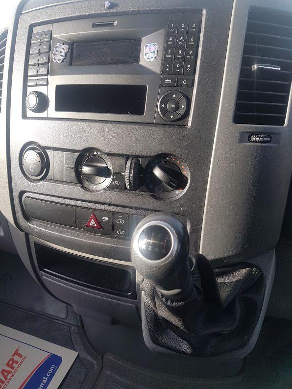 2016 Mercedes-Benz Sprinter 313 CDI LutonBox c/w Tail Lift. (161D31570) Image 5
