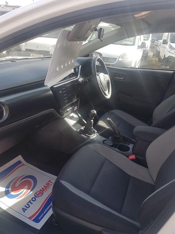 2016 Toyota Auris 1.4d-4d Terra 4DR (161D32318) Image 16