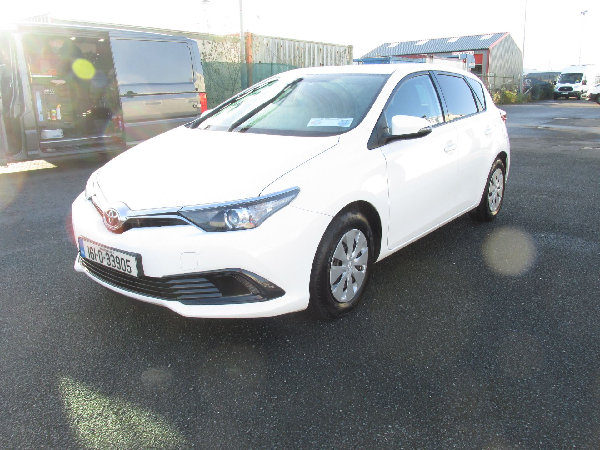 2016 Toyota Auris 1.4d-4d Terra 4DR click and collect call sales for more info (161D33905) Thumbnail 3