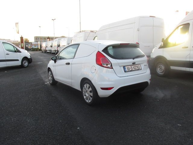 2016 Ford Fiesta BASE TDCI (161D42762) Image 5