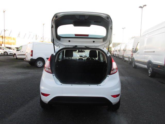 2016 Ford Fiesta BASE TDCI (161D42762) Image 10