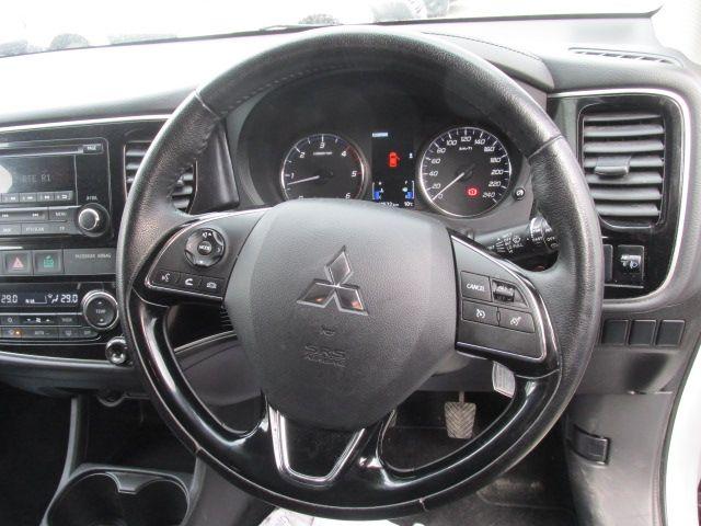 2016 Mitsubishi Outlander 4WD 6MT 16MY 4DR (161D46547) Image 13