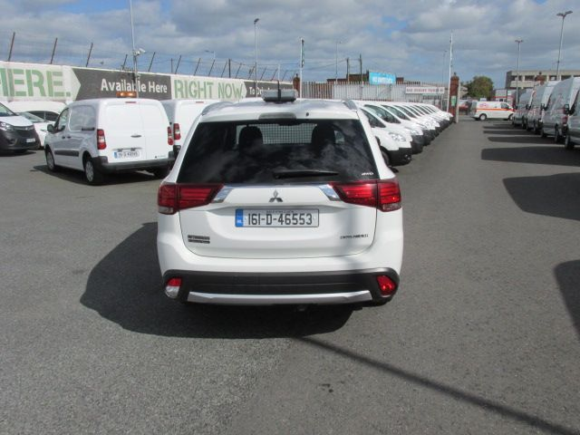 2016 Mitsubishi Outlander 4WD 6MT 16MY 4DR  - HIGH SPEC - AS NEW  (161D46553) Image 4