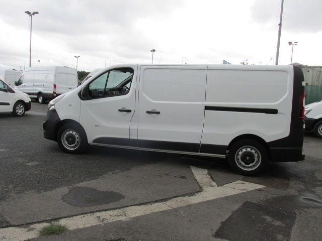 2016 Vauxhall Vivaro 2900 L2H1 CDTI P/V (161D48000) Image 6