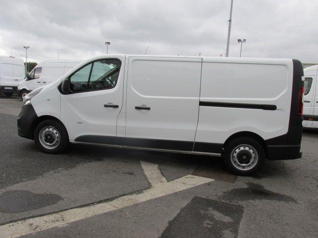 2016 Vauxhall Vivaro 2900 L2H1 CDTI P/V (161D48001) Image 6