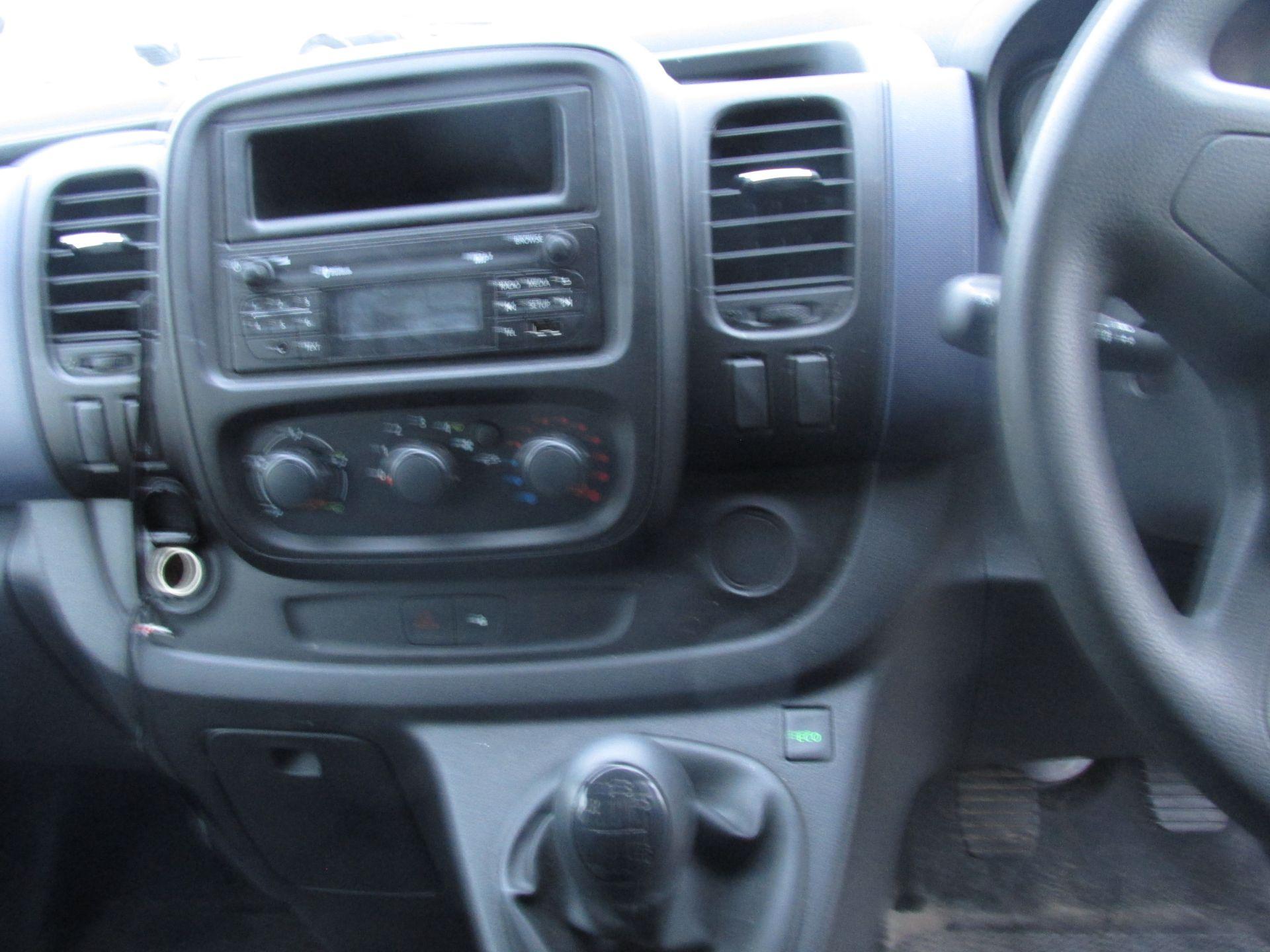 2016 Vauxhall Vivaro 2900 Cdti 5DR (161D48140) Image 14