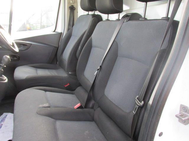 2016 Vauxhall Vivaro 2900 Cdti 5DR *SALE PRICE* (161D48144) Image 10