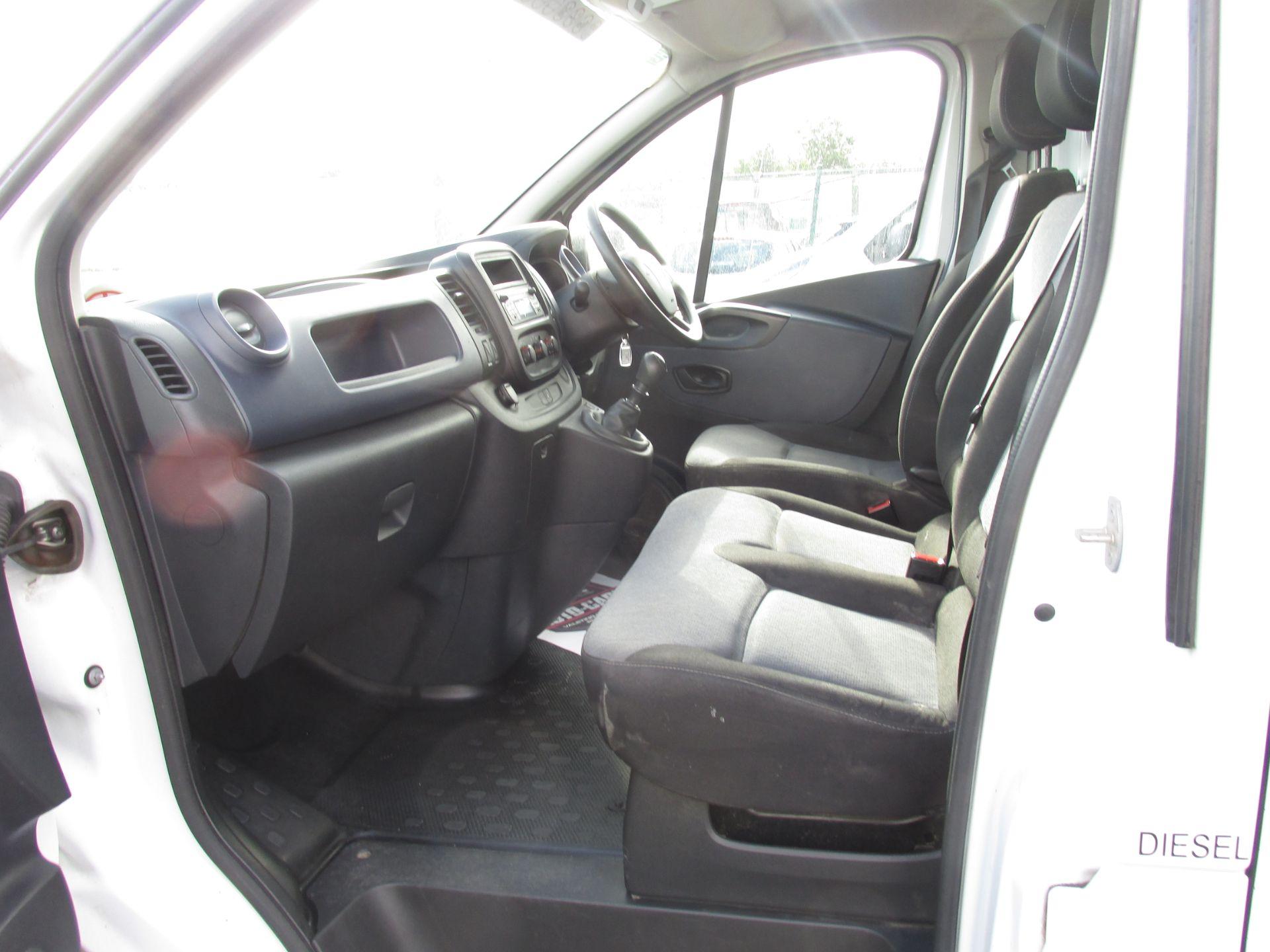 2016 Vauxhall Vivaro 2900 Cdti 5DR (161D48146) Image 11