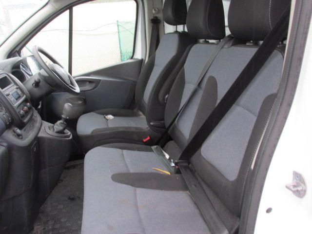 2016 Vauxhall Vivaro 2900 L2H1 CDTI P/V (161D54273) Image 11