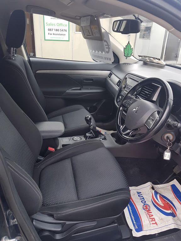 2016 Mitsubishi Outlander 4WD 6MT N1 16MY 4DR (161D5795) Image 7
