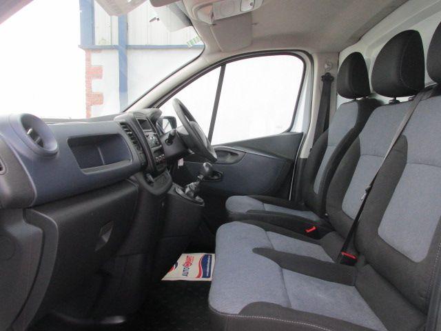 2016 Vauxhall Vivaro 2900 L2H1 CDTI P/V (161D47998) Image 10
