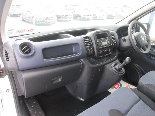 2016 Vauxhall Vivaro 2900 L2H1 CDTI P/V (161D47998) Image 11