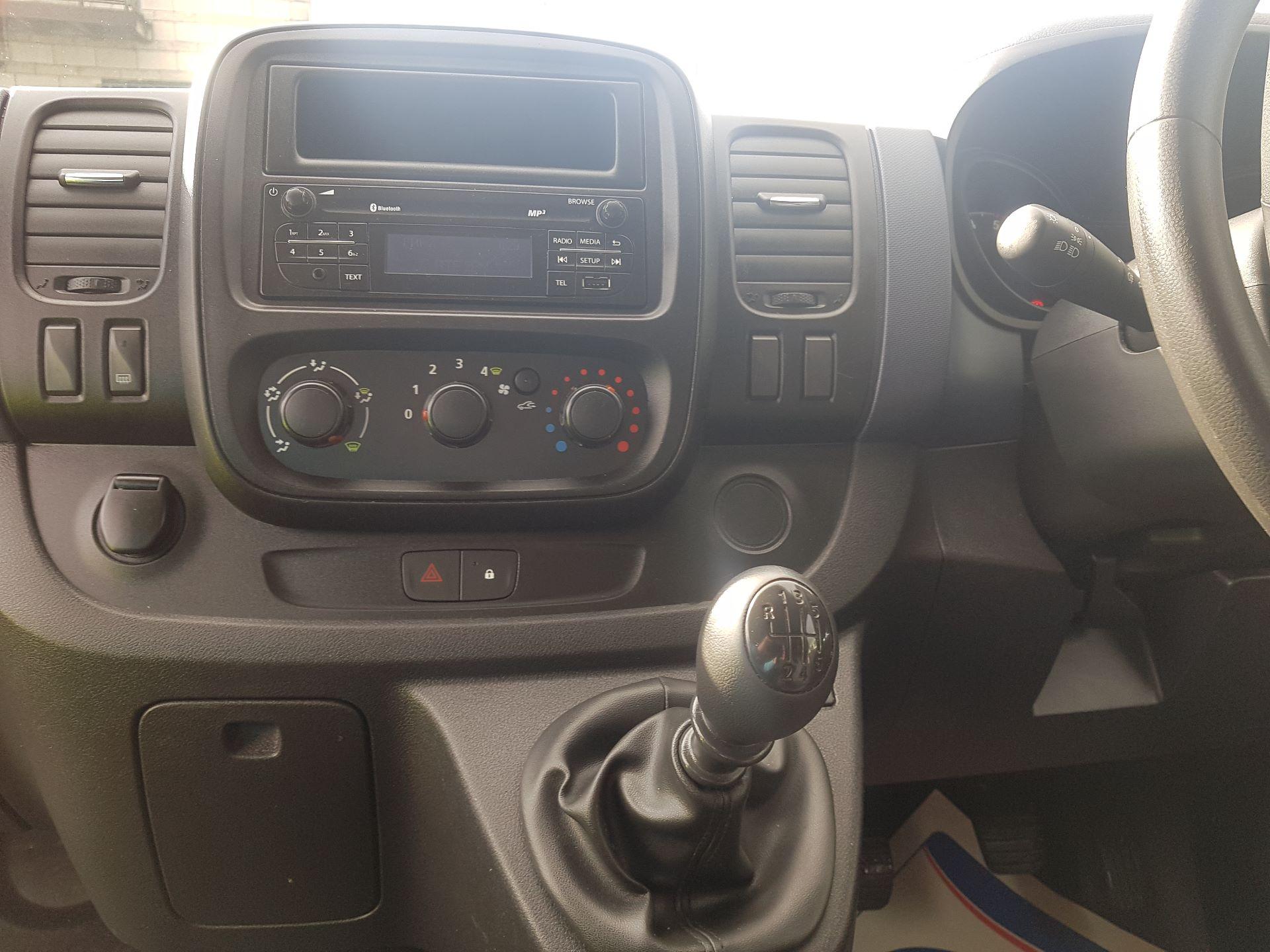 2016 Vauxhall Vivaro 2900 L2H1 CDTI P/V (161D48023) Image 10