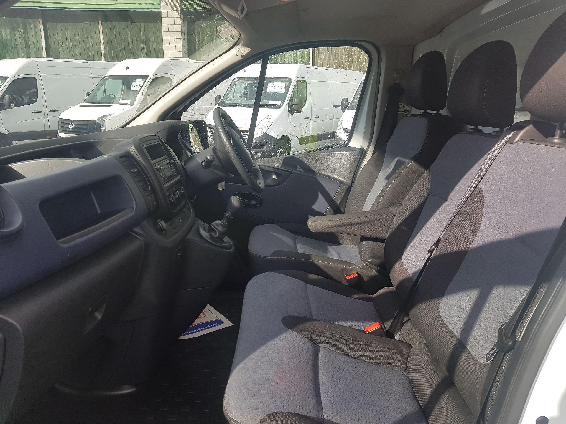 2016 Vauxhall Vivaro 2900 L2H1 CDTI P/V (161D48023) Image 9
