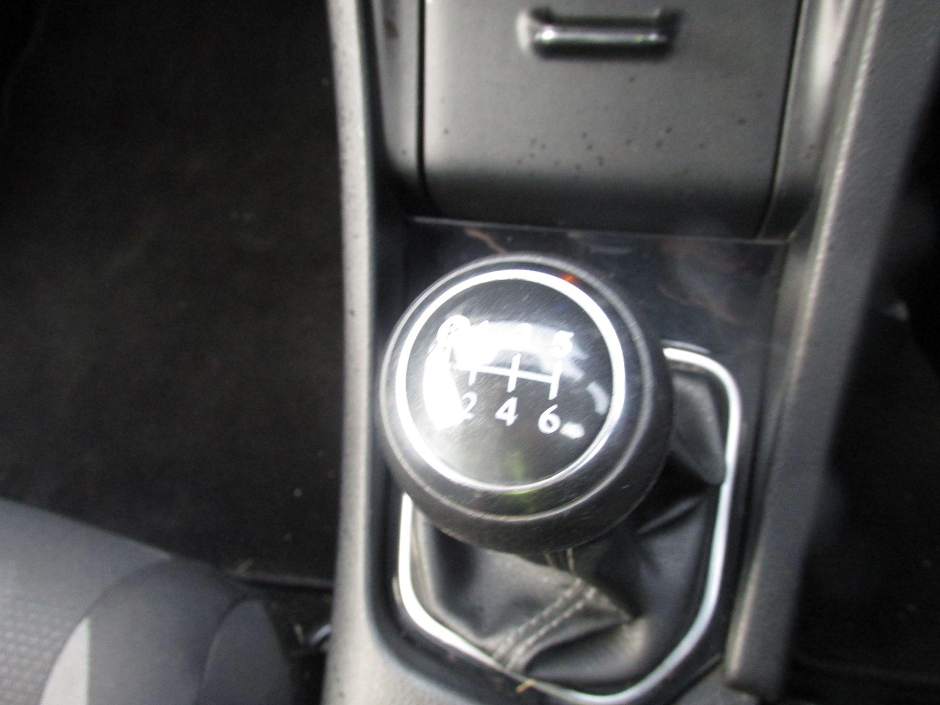 2016 Toyota Auris 1.4d-4d Terra 4DR (162D15167) Image 11