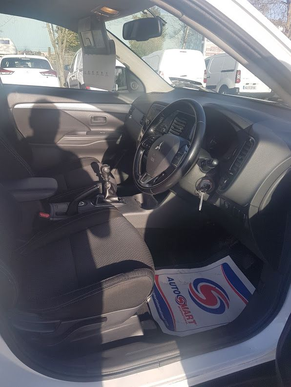 2016 Mitsubishi Outlander 4WD 6MT 16MY 4DR (162D1582) Image 8