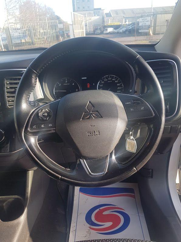 2016 Mitsubishi Outlander 4WD 6MT 16MY 4DR (162D1582) Image 6