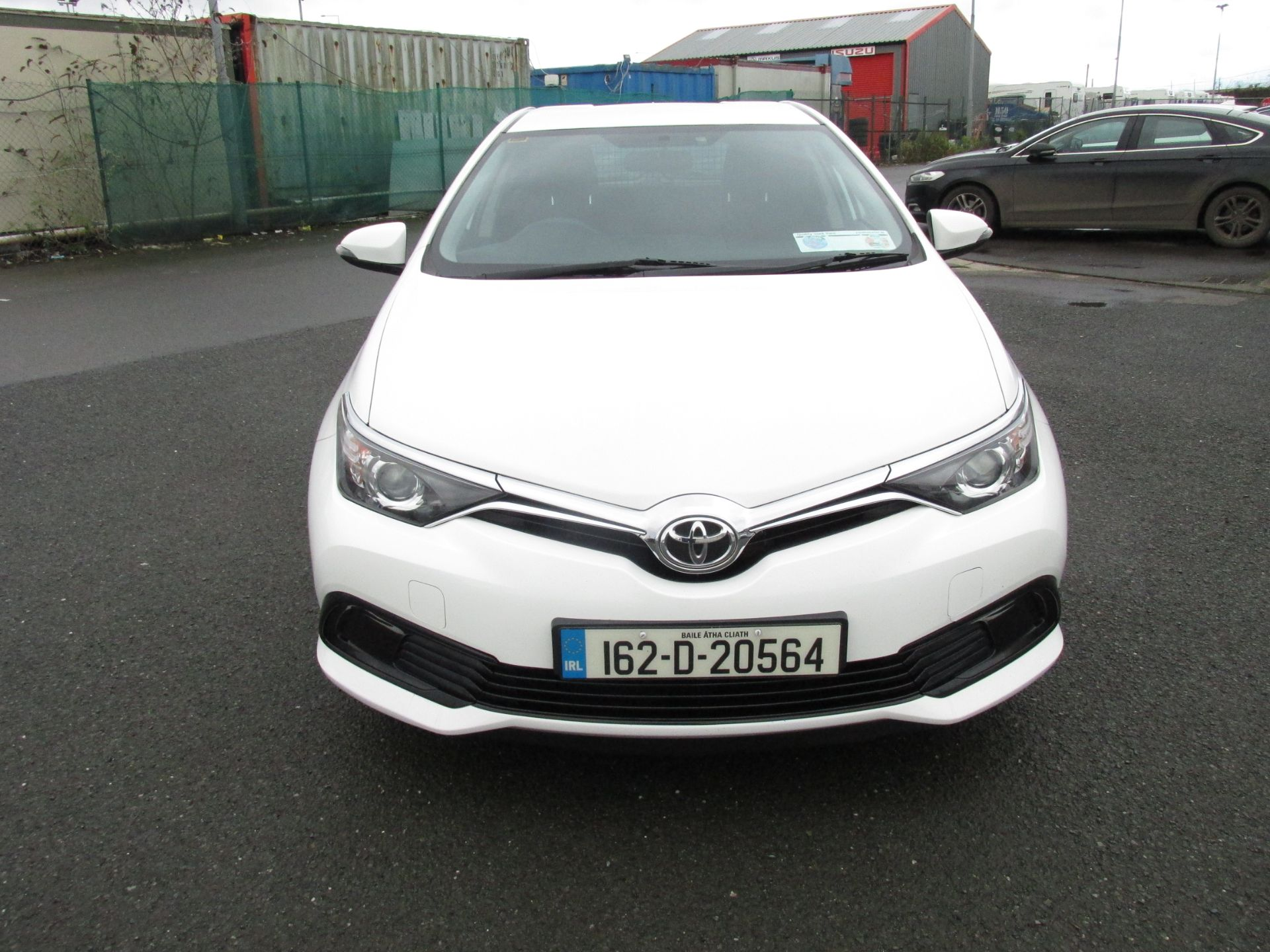 2016 Toyota Auris 1.4d-4d Terra 4DR click and deliver call sales for more info (162D20564) Image 2