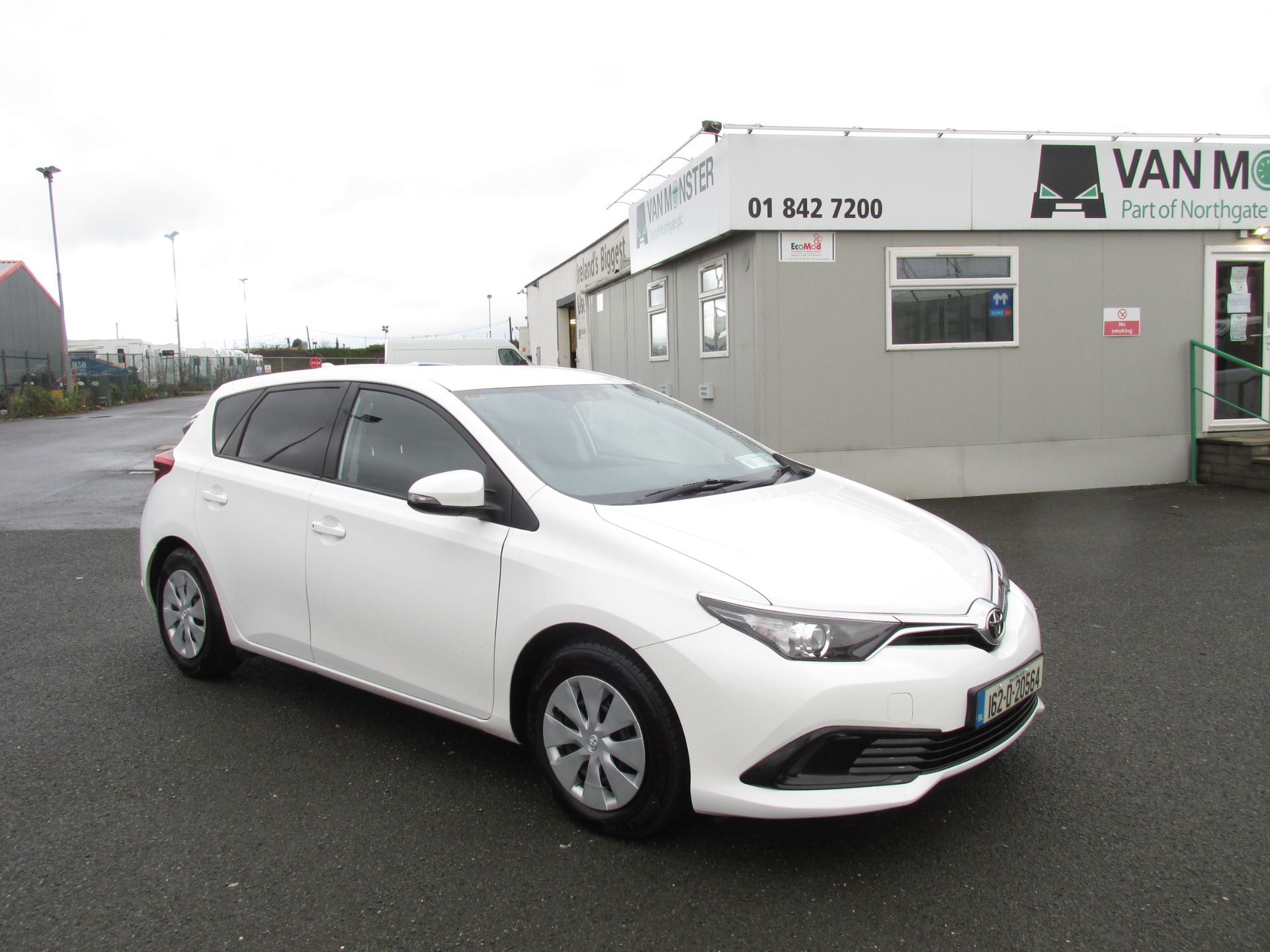 2016 Toyota Auris 1.4d-4d Terra 4DR click and deliver call sales for more info (162D20564)