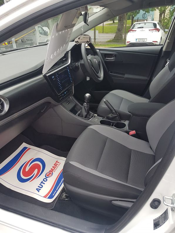 2016 Toyota Auris 1.4d-4d Terra 4DR (162D20566) Image 17