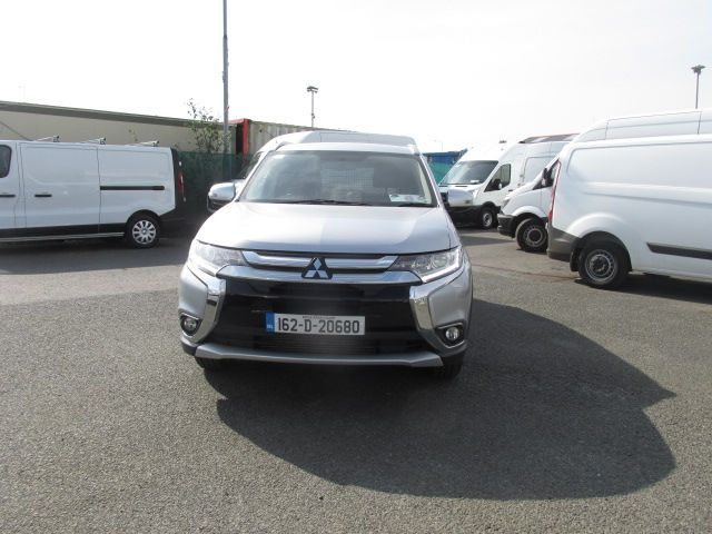 2016 Mitsubishi Outlander Outl 4WD 6MT 16MY 4DR - LOW MILES - FSH - SILVER MET -  (162D20680) Image 8