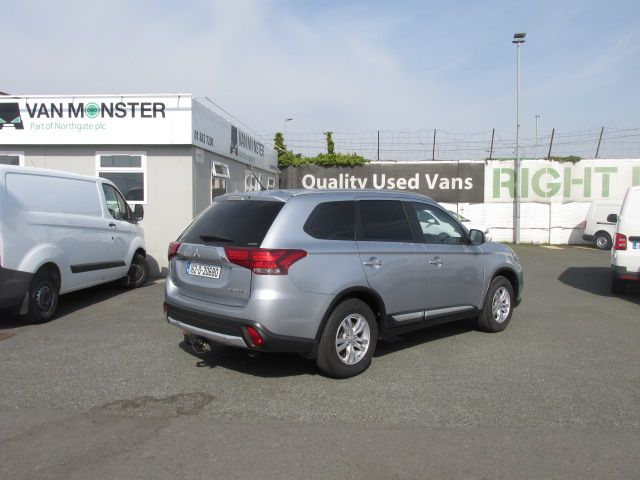 2016 Mitsubishi Outlander Outl 4WD 6MT 16MY 4DR - LOW MILES - FSH - SILVER MET -  (162D20680) Image 3