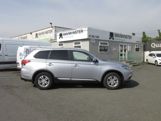 2016 Mitsubishi Outlander Outl 4WD 6MT 16MY 4DR - LOW MILES - FSH - SILVER MET -  (162D20680) Image 2