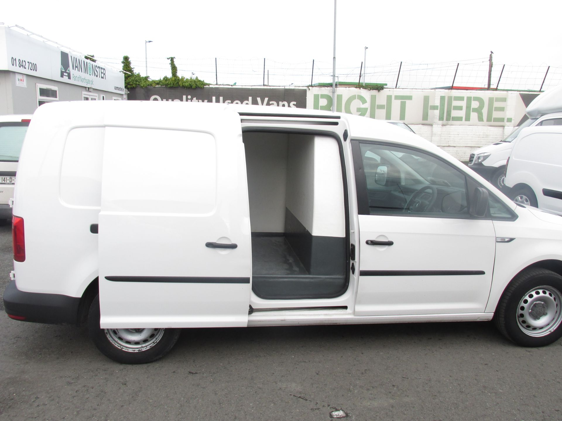 2016 Volkswagen CADDY MAXI C20 TWIN SLIDING DOORS (162D21887) Image 9