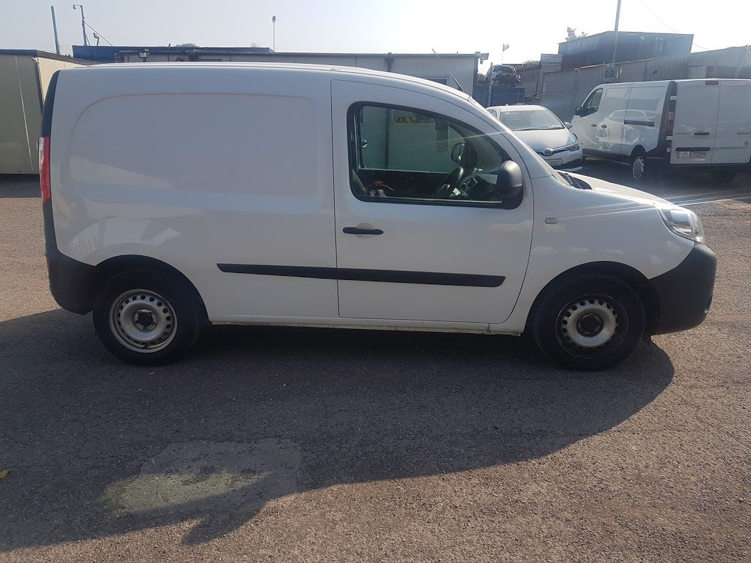 2016 Renault Kangoo ML19 Energy DCI 75 Business 2D (162D23233) Thumbnail 9