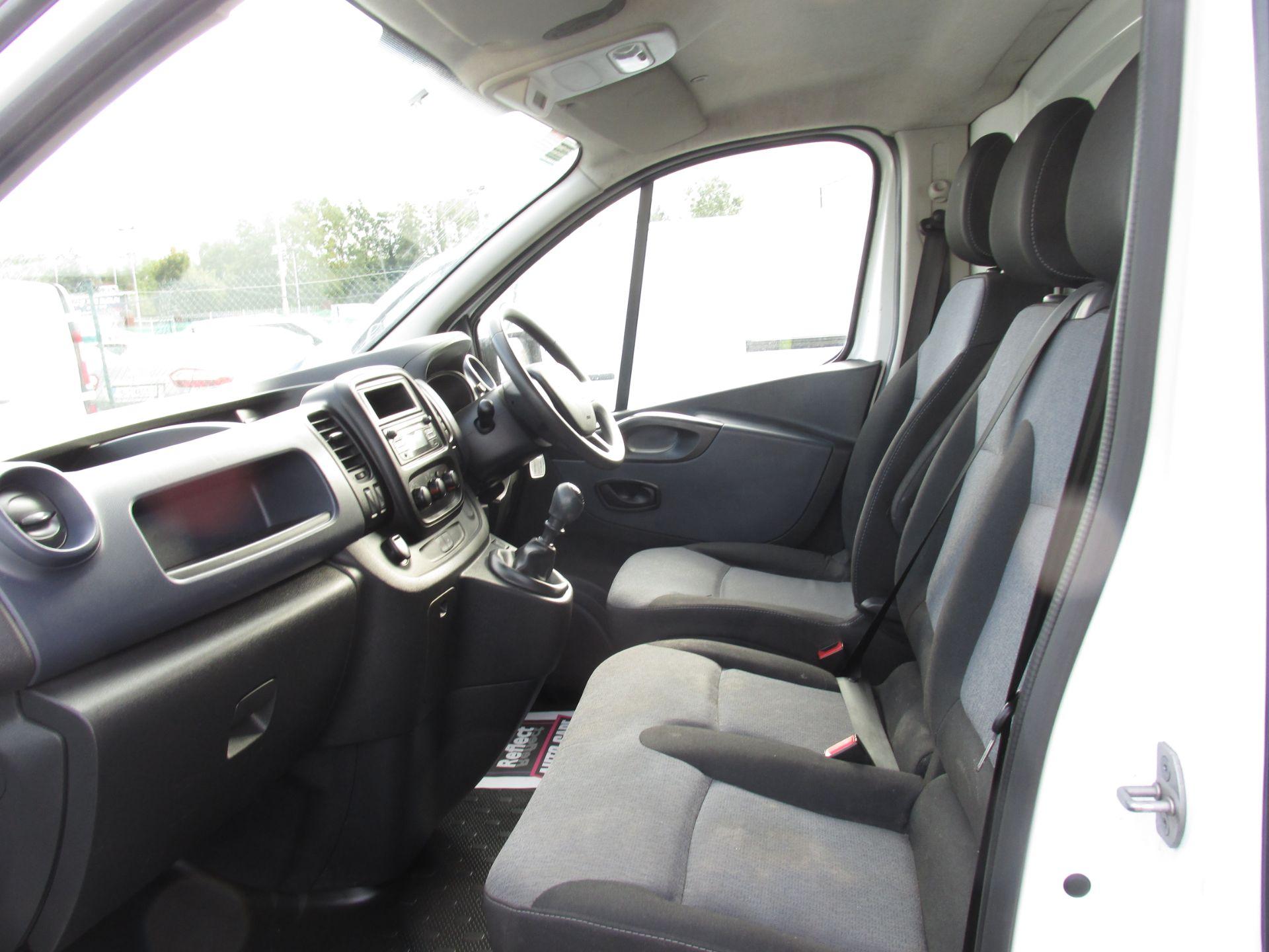 2016 Vauxhall Vivaro 2900 L2H1 CDTI P/V (162D23786) Image 11