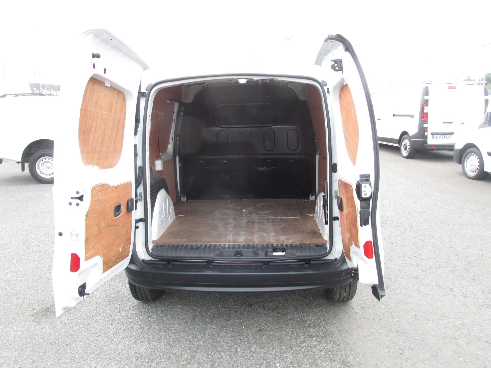 2016 Renault Kangoo ML19 Energy DCI 75 Business 2D (162D23889) Image 10