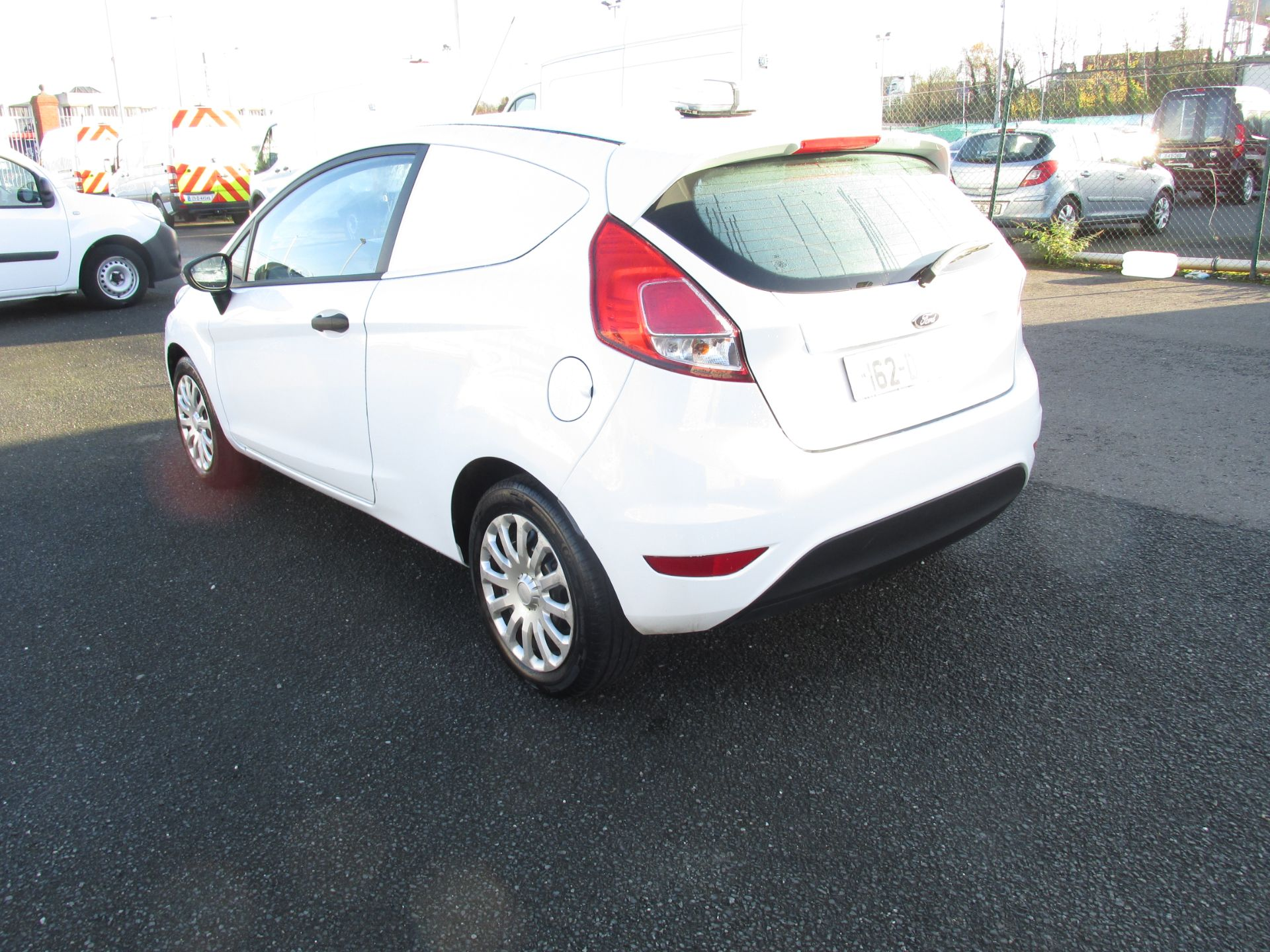 2016 Ford Fiesta BASE TDCI click and collect call sales for more info (162D24984) Image 5