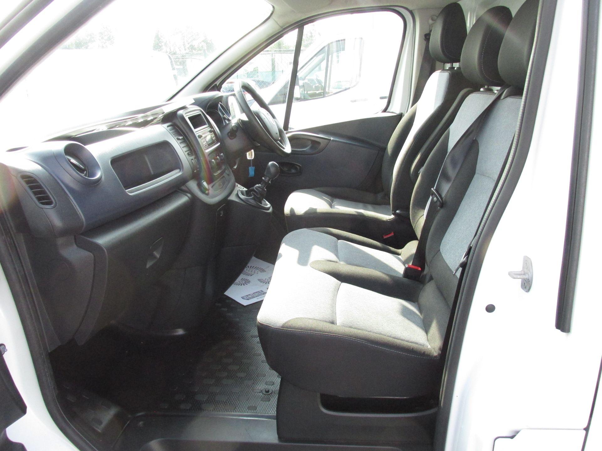 2016 Vauxhall Vivaro 2900 L2H1 CDTI P/V (162D25014) Image 11