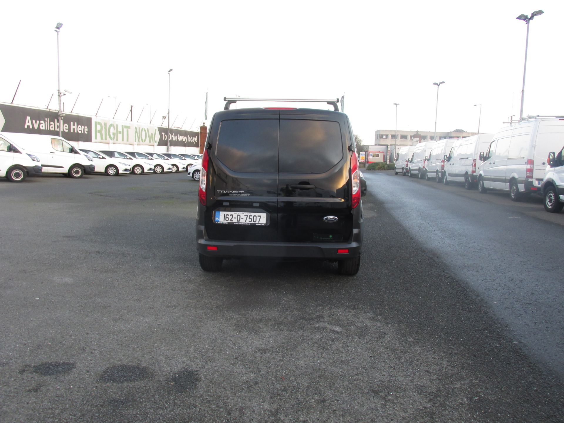 2016 Ford Transit T Connect SWB 1.5TD 75PS 5SPD - DEAL OF THE WEEK - R/RACK - PLY LINED -BLACK (162D7507) Image 4