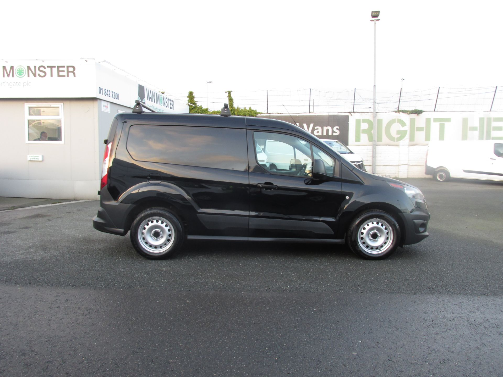 2016 Ford Transit T Connect SWB 1.5TD 75PS 5SPD - DEAL OF THE WEEK - R/RACK - PLY LINED -BLACK (162D7507) Image 2