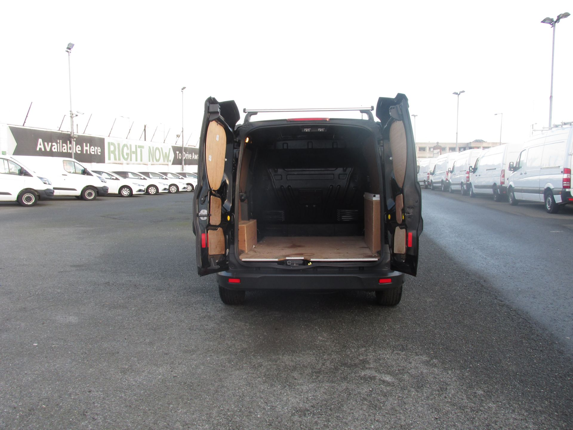 2016 Ford Transit T Connect SWB 1.5TD 75PS 5SPD - DEAL OF THE WEEK - R/RACK - PLY LINED -BLACK (162D7507) Image 11