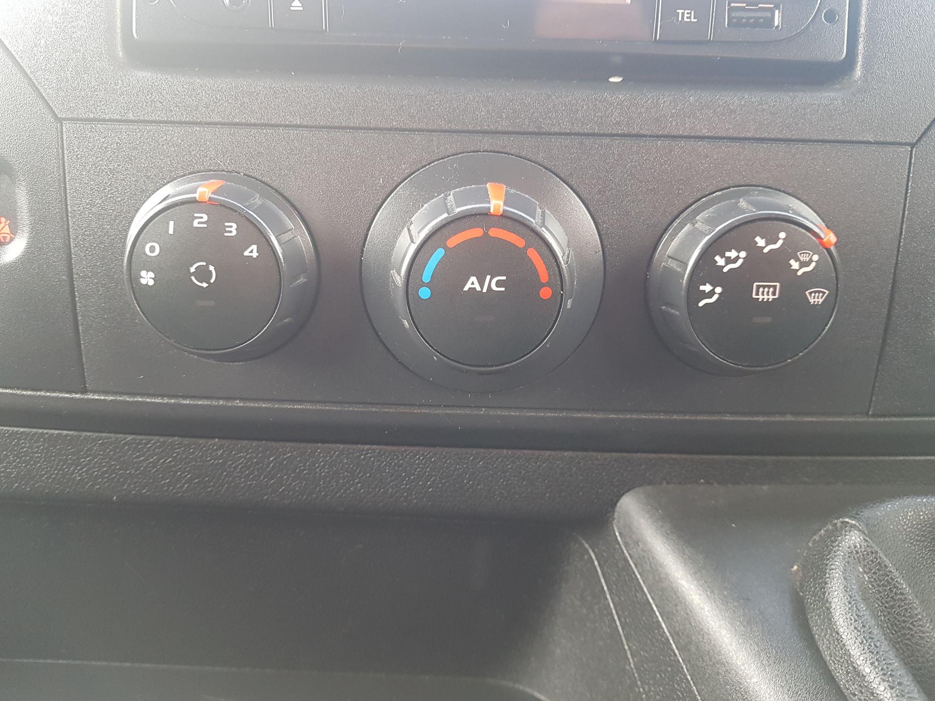 2016 Renault Master III RWD LML35 DCI 135 Energy Busin (162D14416) Image 13