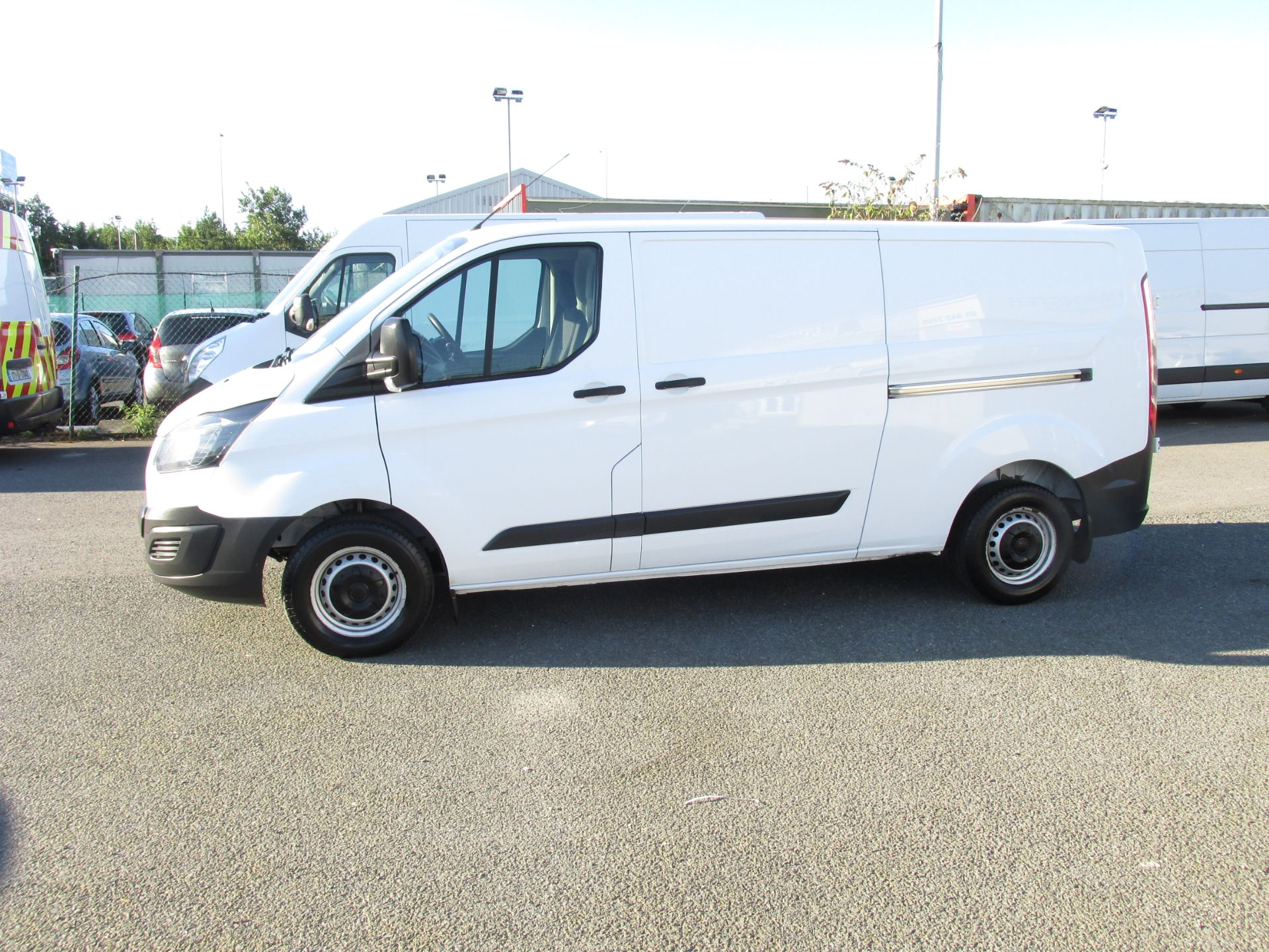2016 Ford Transit 290 Custom Eco-tech 05DR (162D20801) Image 4