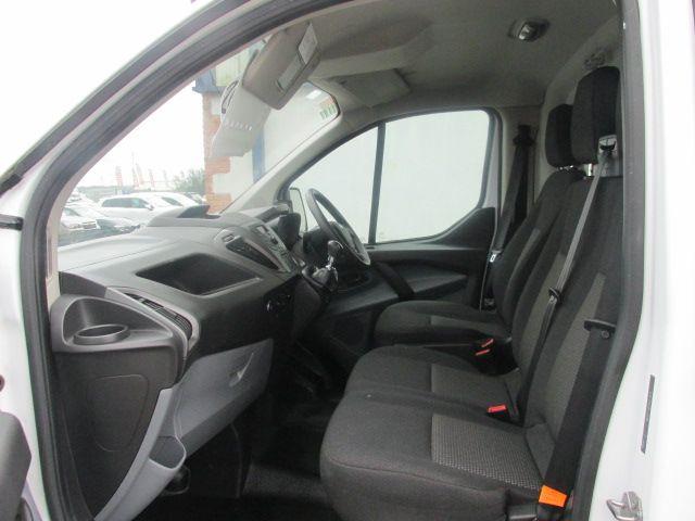 2016 Ford Transit Custom 290 LR P/V (162D23979) Image 9