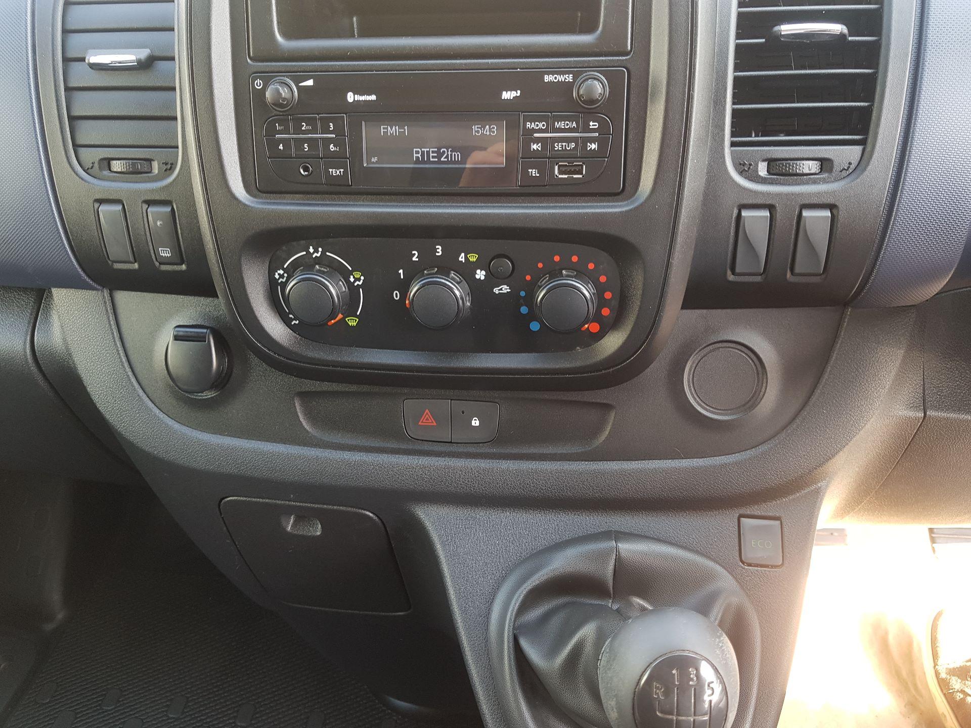 2016 Vauxhall Vivaro 2900 L2H1 CDTI P/V (162D23995) Image 13