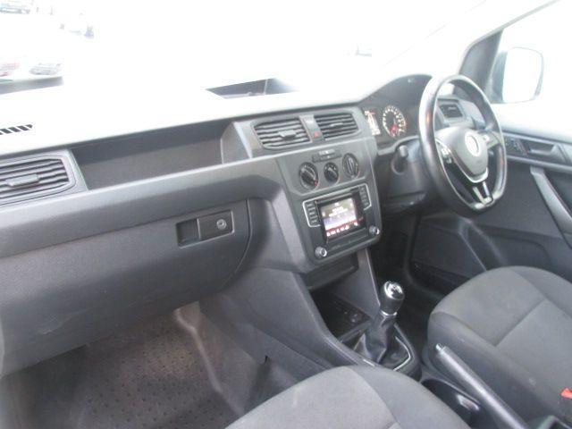 2016 Volkswagen Caddy C20 TDI STARTLINE (162D24329) Image 11
