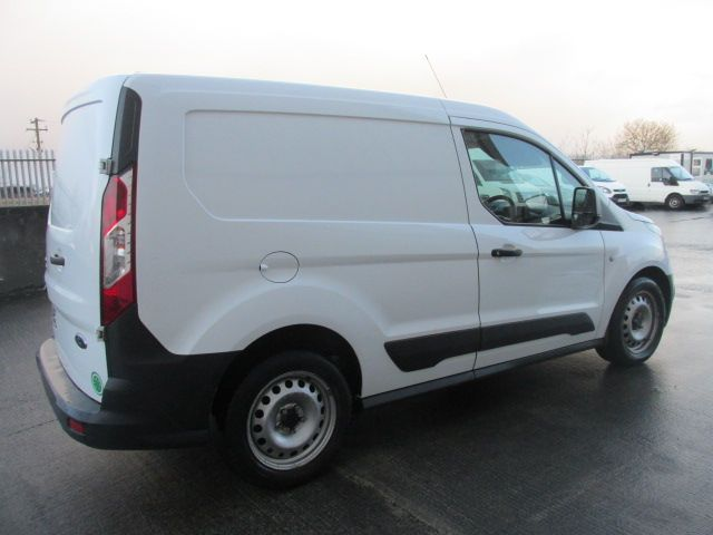 2016 Ford Transit Connect 220 P/V (162D24498) Image 4