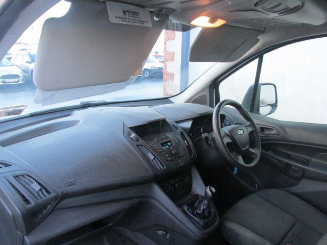 2016 Ford Transit Connect 220 P/V (162D24498) Image 11