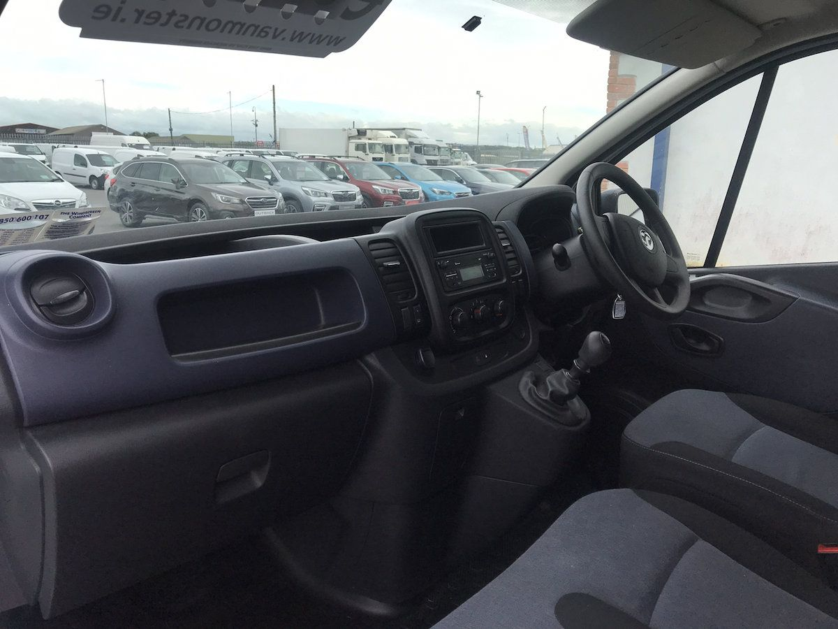 2016 Vauxhall Vivaro 2900 L2H1 CDTI P/V (162D25015) Image 10