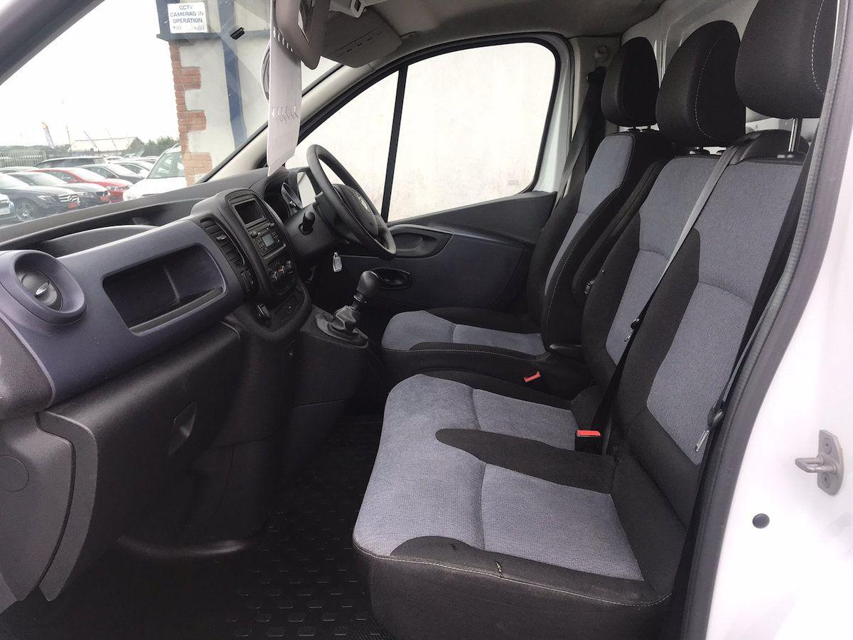 2016 Vauxhall Vivaro 2900 L2H1 CDTI P/V (162D25015) Image 9